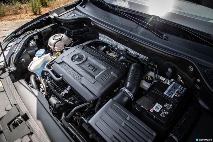 Mercedes Amg A 35 Vs Cupra Ateca 28