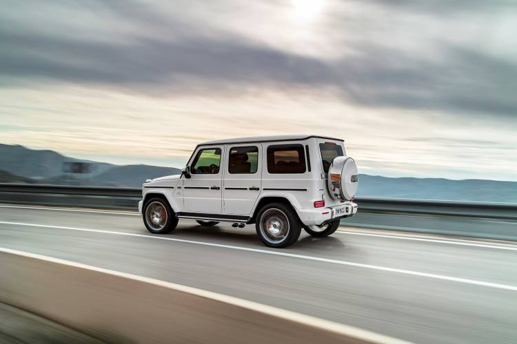 Mercedes Amg G 63 00010