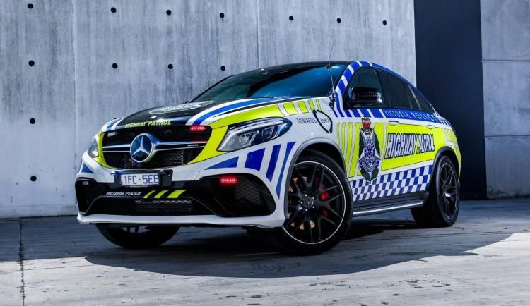 mercedes-amg-gle-coupe-policia-2016-01