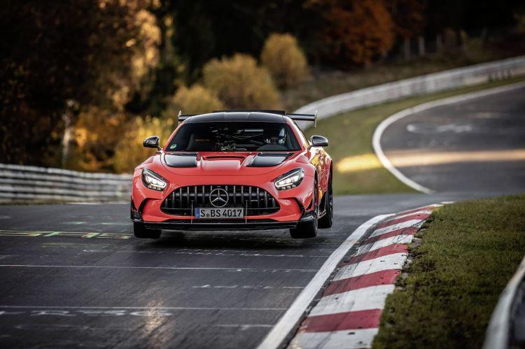 Mercedes Amg Gt Black Series Schnellstes Serienfahrzeug Auf Der Nürburgring Nordschleife Mercedes Amg Gt Black Series Is Fastest Series Production Car On The Nürburgring Nordschleife