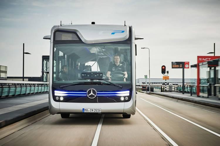 mercedes-autobus-futuro-10