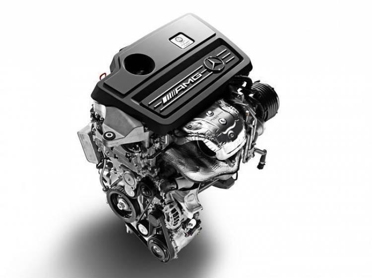 Mercedes GLA 45 AMG: calentando motores antes de su presentación
