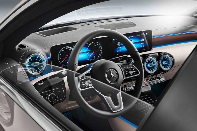 Mercedes Clase A Sedan 13