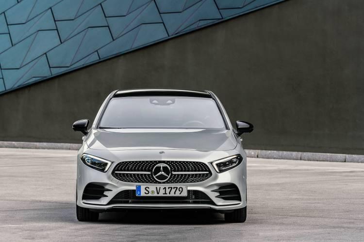 Mercedes Clase A Sedan 42