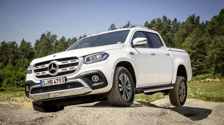 Mercedes Benz Komplettiert Sein Pickup Modellprogramm: Die X Klasse Mit V6 Motor Und Permanentem Allradantrieb – Der Performance Pickup Für Den Sportlichen Lifestyle Mercedes Benz Completes Its Pickup Model Range: The X Class With V6 Engine And Permane