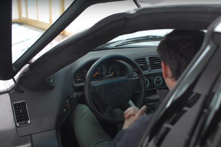 Mercedes Clk Gtr Video Por Que No Puedes Conducir Diario 3