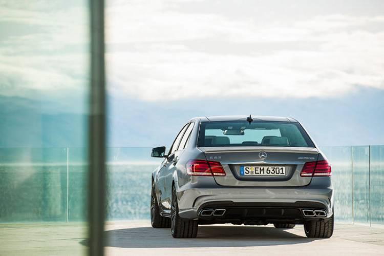Mercedes E 63 AMG 2013: potencia a raudales y tracción total