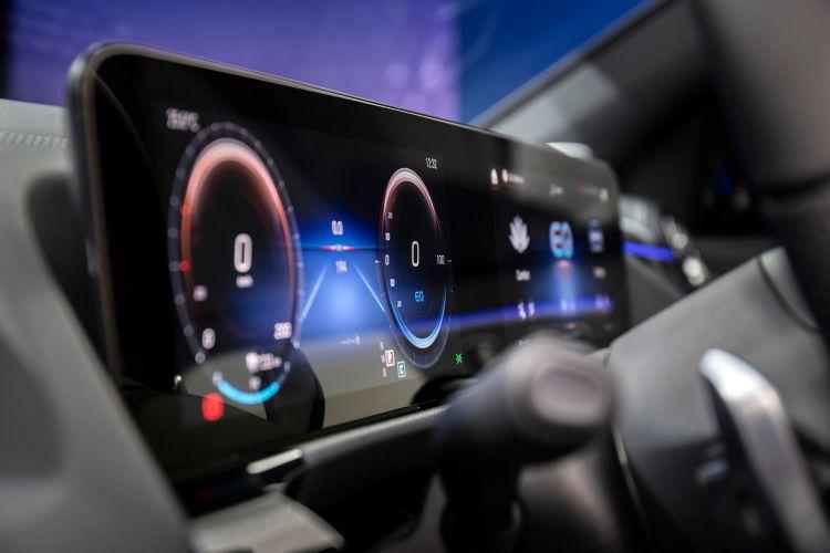 Mercedes Eqa 250 2021 Interior Mbux Pantalla 04