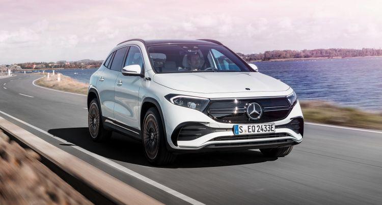 Mercedes Eqa Movimiento 2021 02