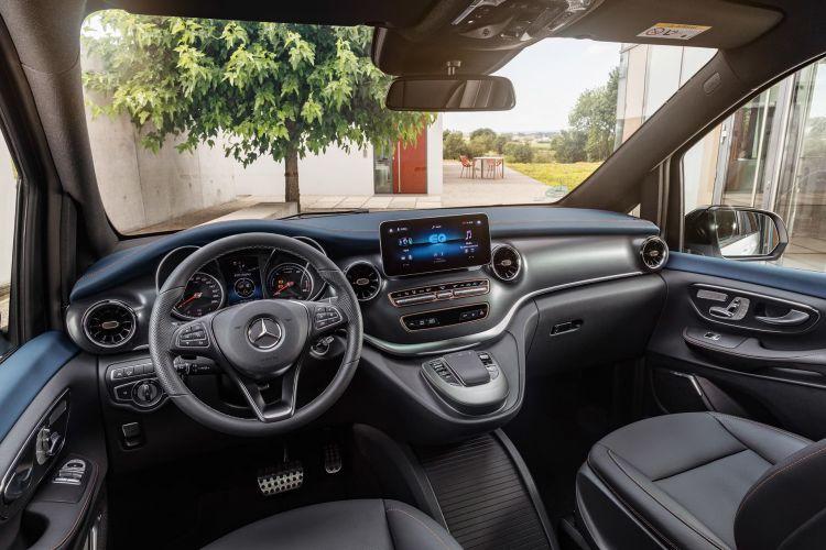 Mercedes Eqv 00006