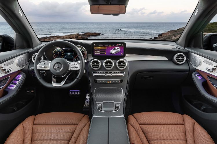 Mercedes Glc 2019 Interior 2