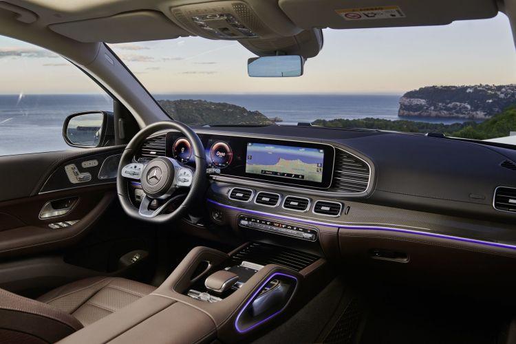 Der Neue Mercedes Benz Gls: Die S Klasse Unter Den Suv The New Mercedes Benz Gls: The S Class Of Suvs