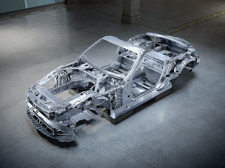 Komplett Neuer Rohbau Für Kommenden Mercedes Amg Sl Completely New Bodyshell For Upcoming Mercedes Amg Sl