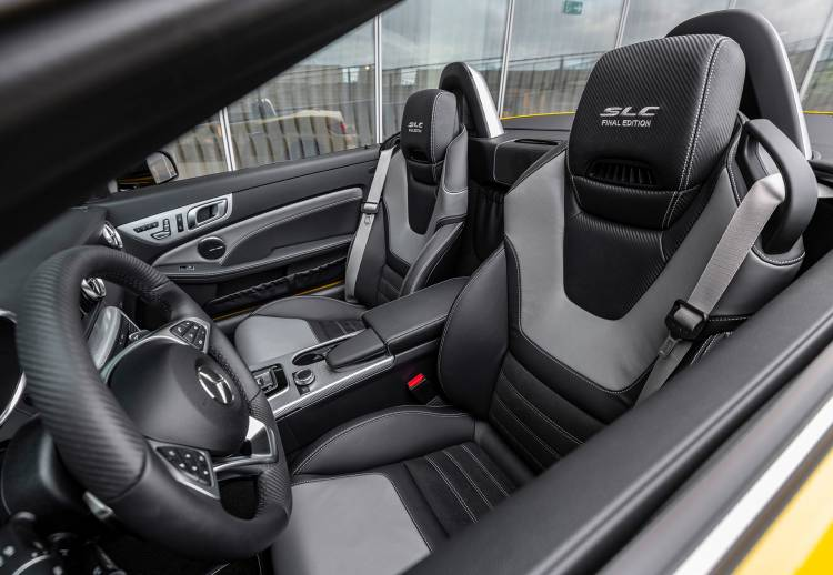 Mercedes Slc 2019 Final Edition Interior 02