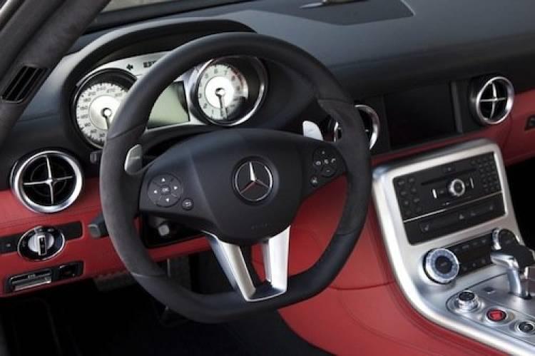 Mercedes SLS AMG Black Edition por Kicherer