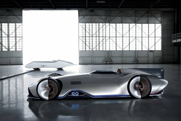 Mercedes Vision Eq Silver Arrow 0818 001