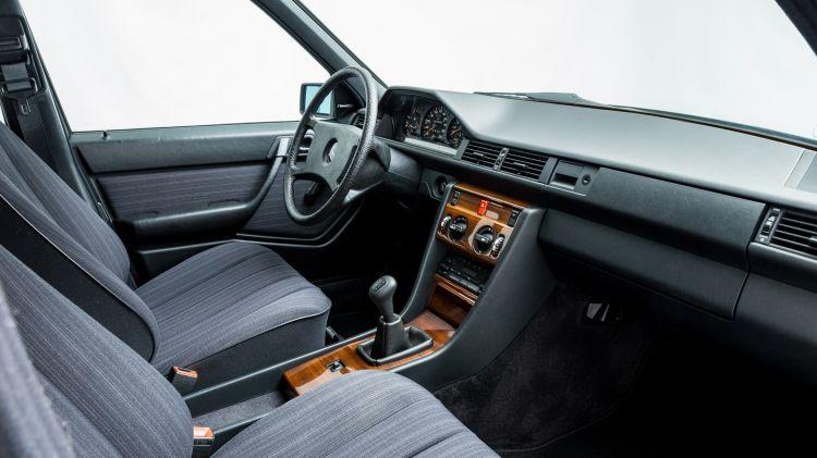 Mercedes W124 Venta 995 Km 15