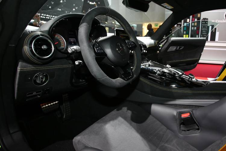 mercedes_amg_gt_r_dm_salon_de_paris_4