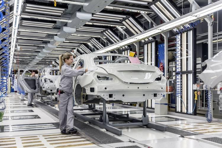 Mercedes Clase A Sedan Fabrica 3