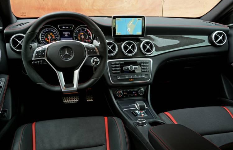 Interior Mercedes GLA 45 AMG