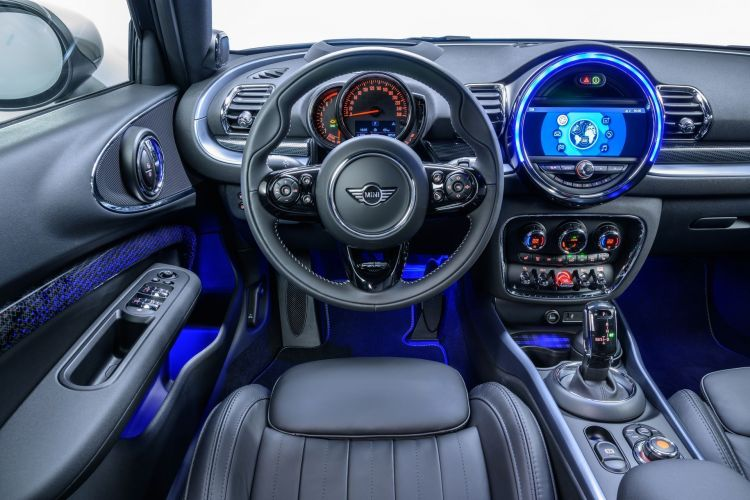 Mini Clubman 2019 Interior 1