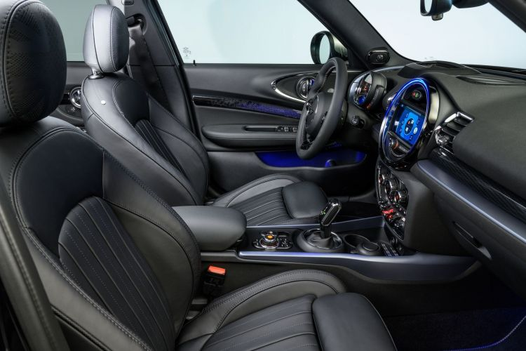 Mini Clubman 2019 Interior 3