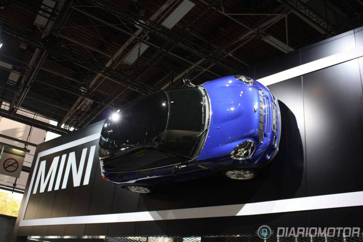 mini-paceman-directo-salon-paris-2012-exterior-1