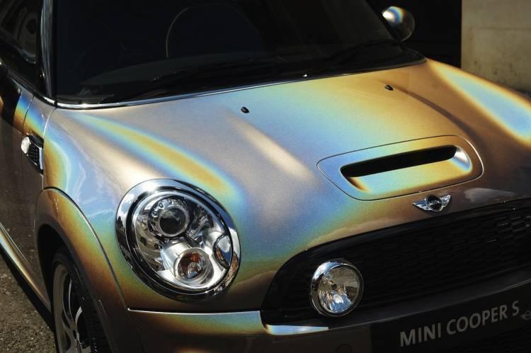 Mini con pintura Rainbow