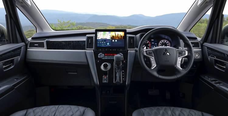 Mitsubishi Delica 2019 7