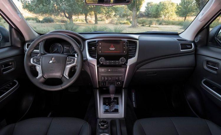 Mitsubishi L200 2020 0919 015