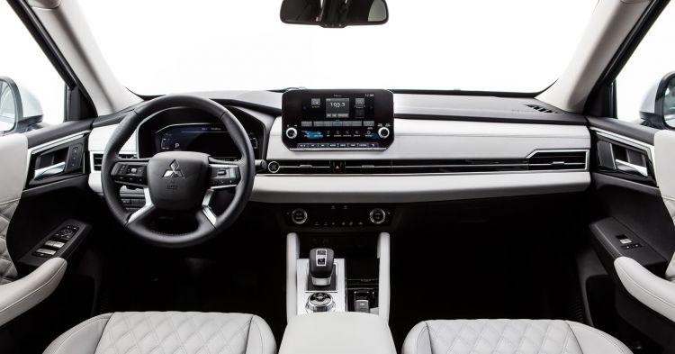 2022 Mitsubishi Outlander Interior Shown