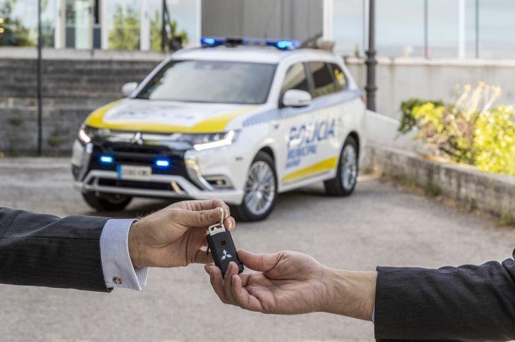 Mitsubishi Outlander Phev Policia Madrid 2