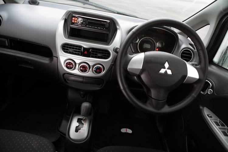 Mitsubishi I Miev 00011
