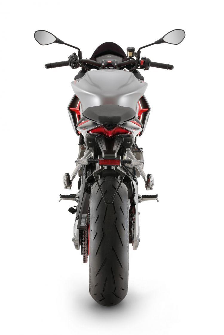 Moto Aprilia Tuono 660 18