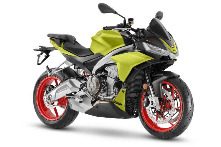 Moto Aprilia Tuono 660 1