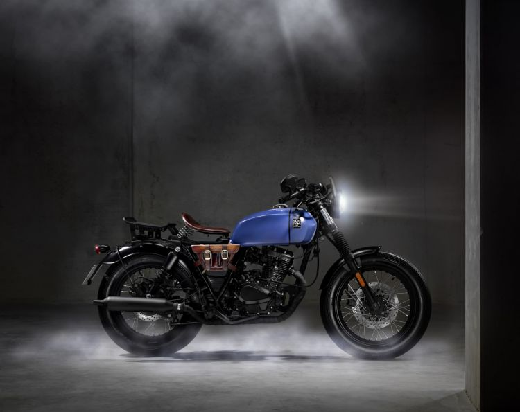 Moto Brixton Rayburn 125 Bobber 3