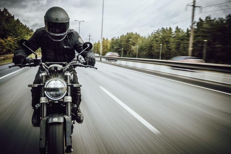Moto Dgt Husqvarna Svertpilen 250