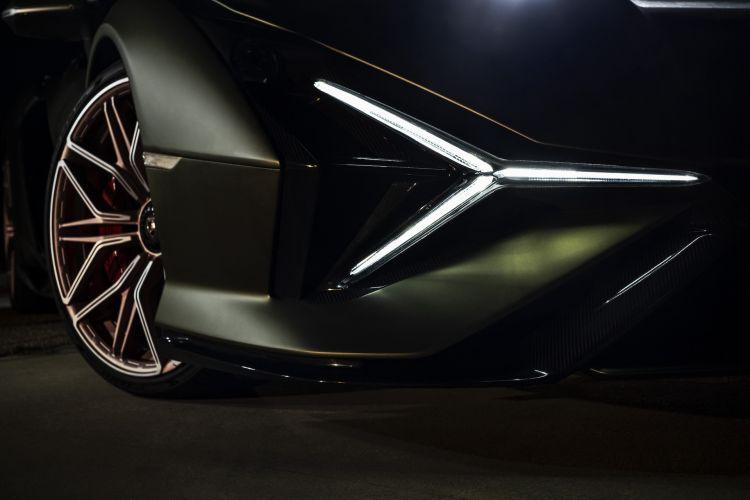Moto Ducati Diavel Lamborghini 69