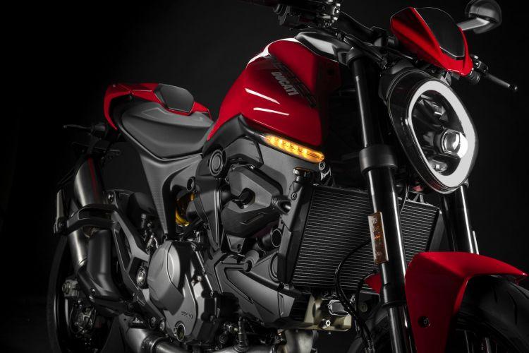 Moto Ducati Monster 2021 Plus19