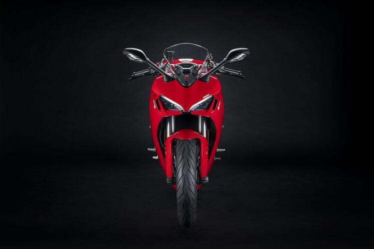 Moto Ducati Supersport 950 7
