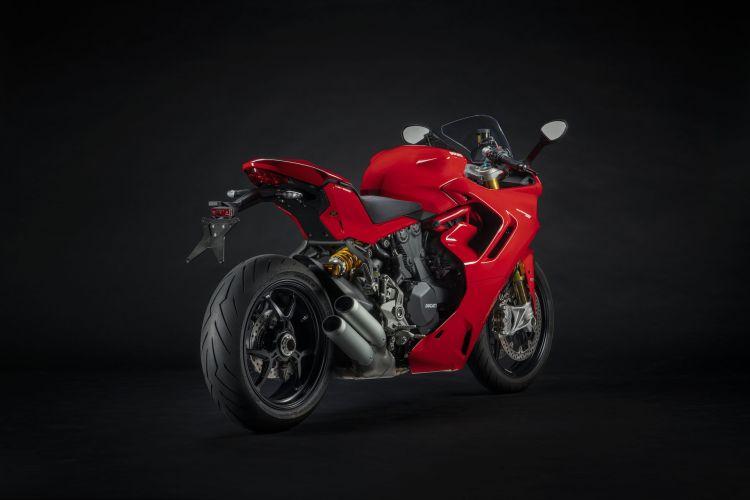 Moto Ducati Supersport 950 S6