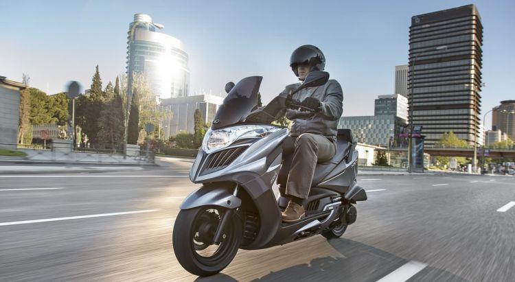 Moto Etiqueta Emisiones Dgt 2021