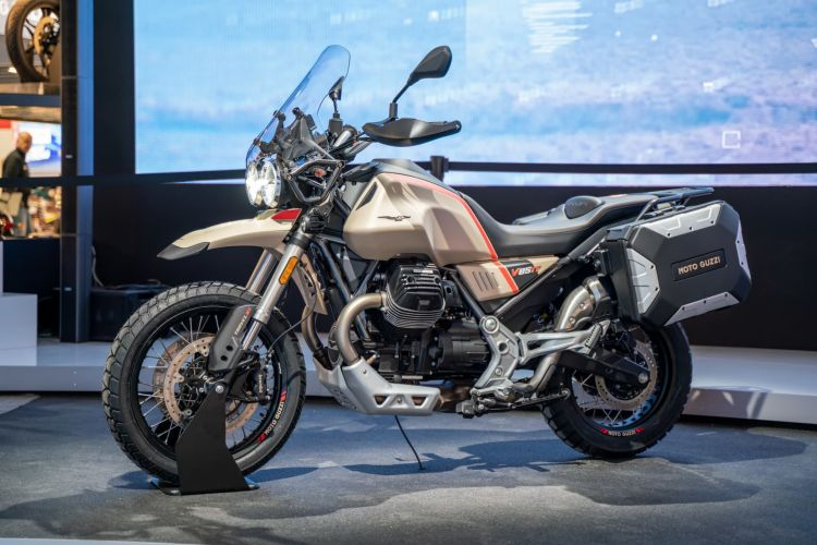 Moto Guzzi 01 V85 Tt Travel