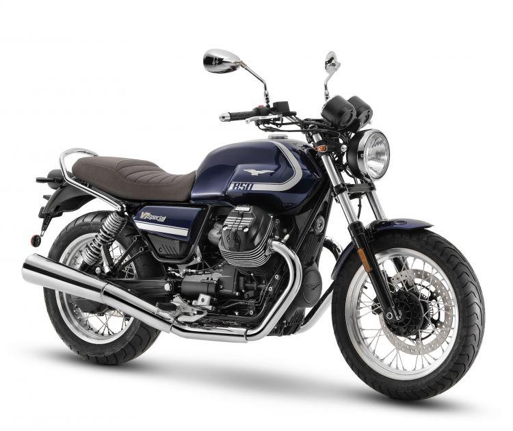 Moto Guzzi V7 Special1