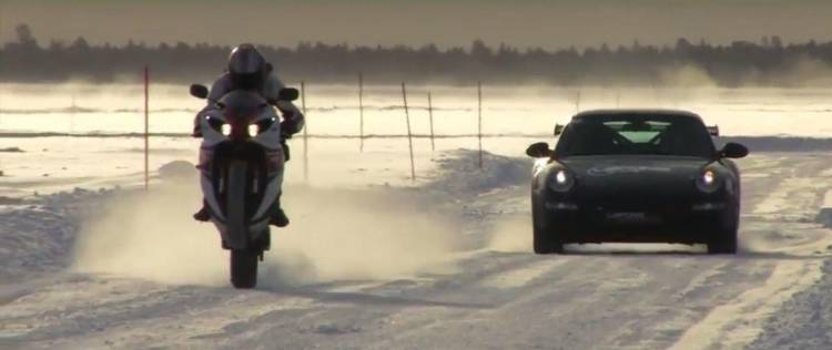 moto-hielo-porsche