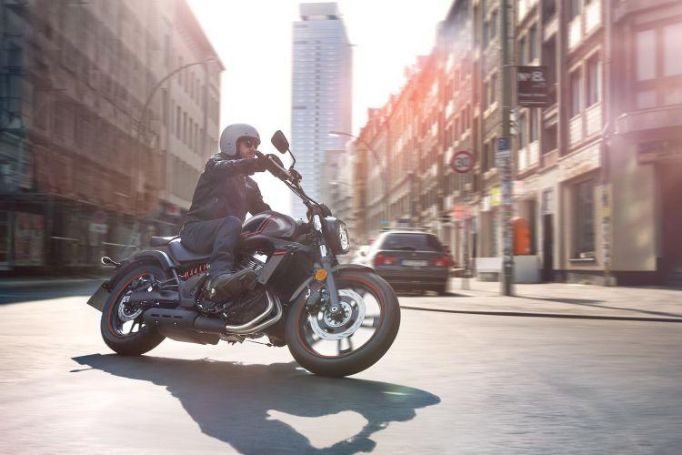 Moto Kawasaki Vulcan S 2021
