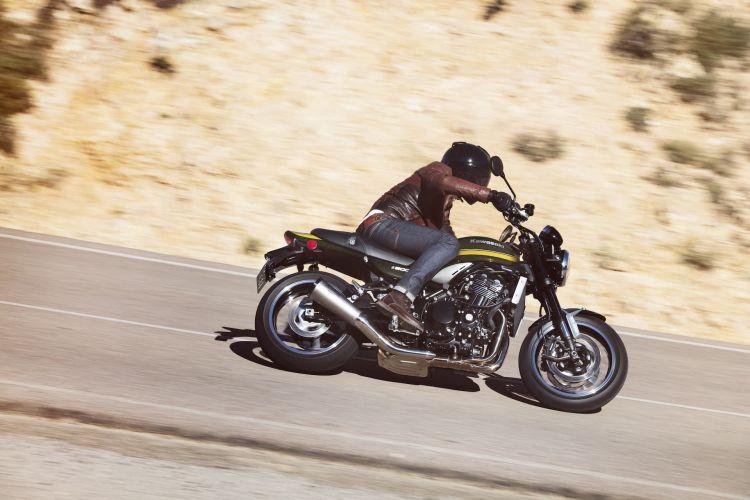 Moto Kawasaki Z900 Rs 2021