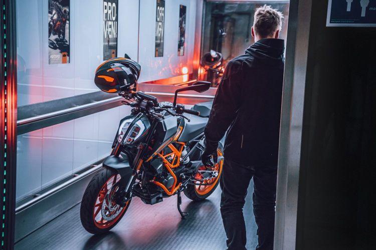 Moto Ktm Duke 125 2021 4