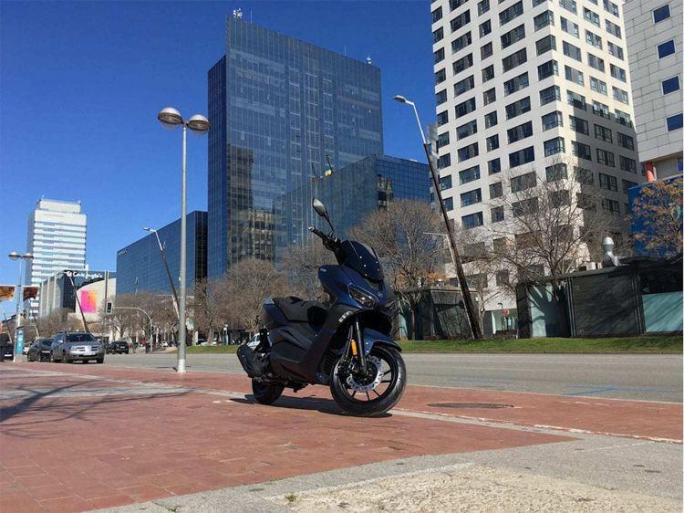 Moto Scooter Keeway Vieste 1254