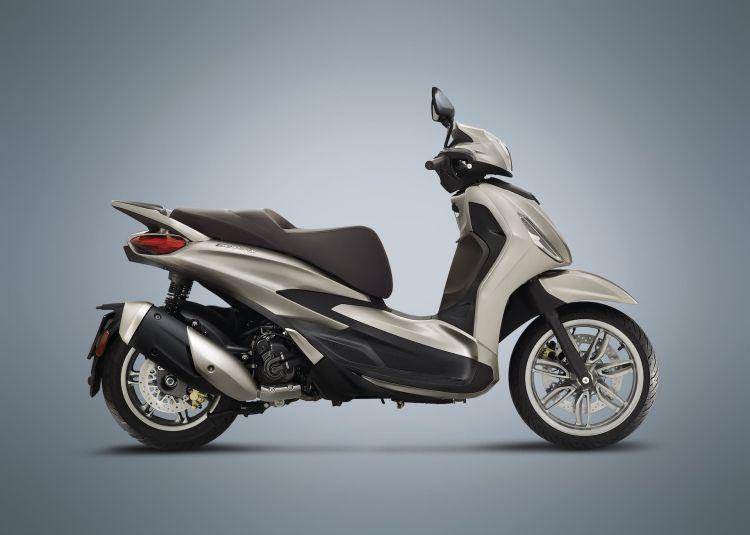 Moto Scooter Piaggio Beverly 300 Hpe 2